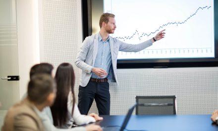 Saiba como treinar a equipe de vendas e alavancar seus resultados