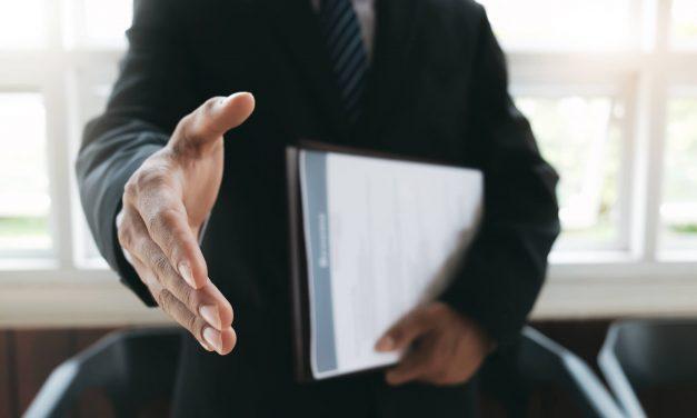 Dicas essenciais para contratar o funcionário certo para cada vaga
