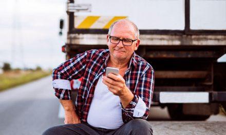 """Caminhoneiros: o """"irmão da estrada"""" agora é virtual"""